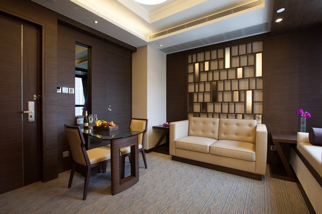 "Executive Suite Package (Valid for HKTB""Staycation Delights""programme)"